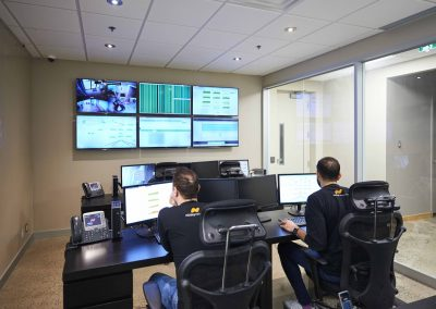 data centre remote hands